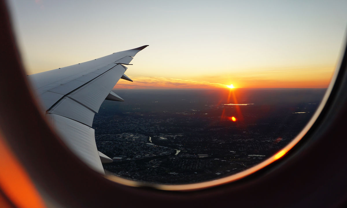 Here S Why You Should Always Take The Red Eye Flight