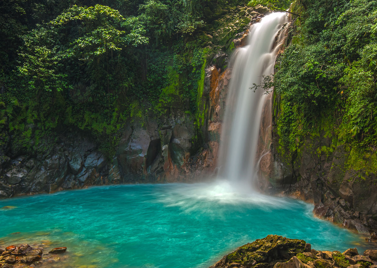 Travel Costa Rica On Budget