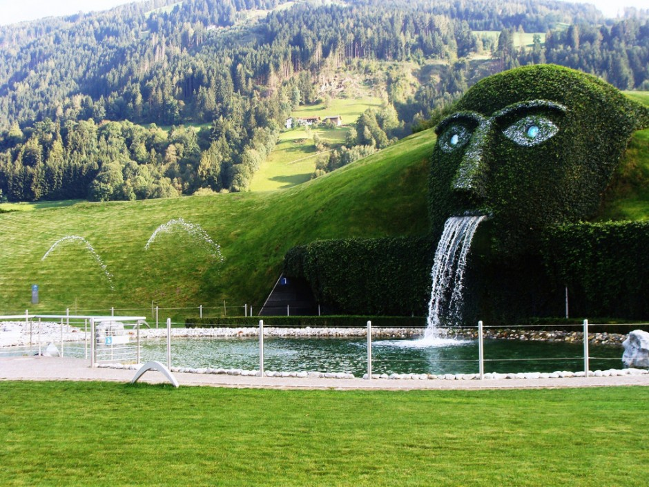 82 Iconic World Landmarks To Visit Before You Die PICs