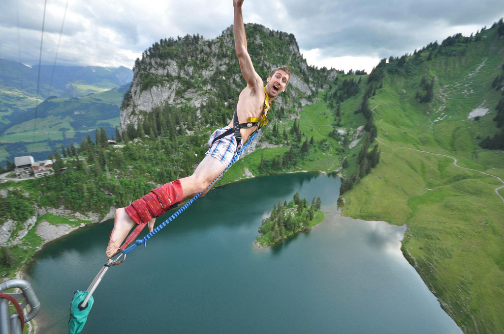 30 of the world 39 s burliest bungee jumps pics matador network. Black Bedroom Furniture Sets. Home Design Ideas