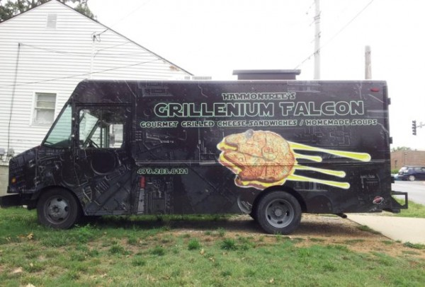 Grillenium Falcon food truck