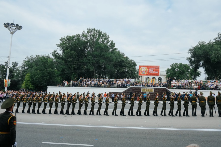 Soldiers in a parade