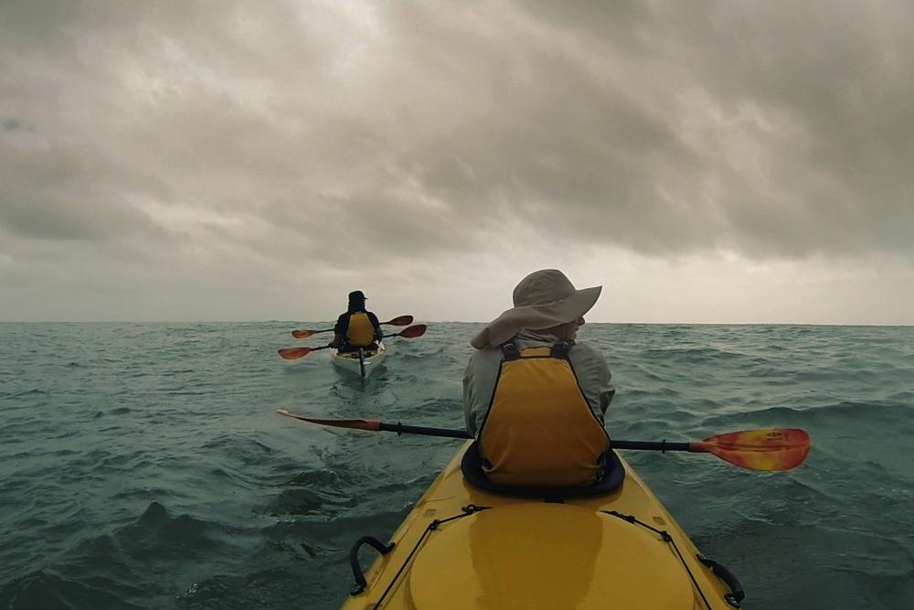 Circumnavigating a tropical Australian island by kayak [pics]
