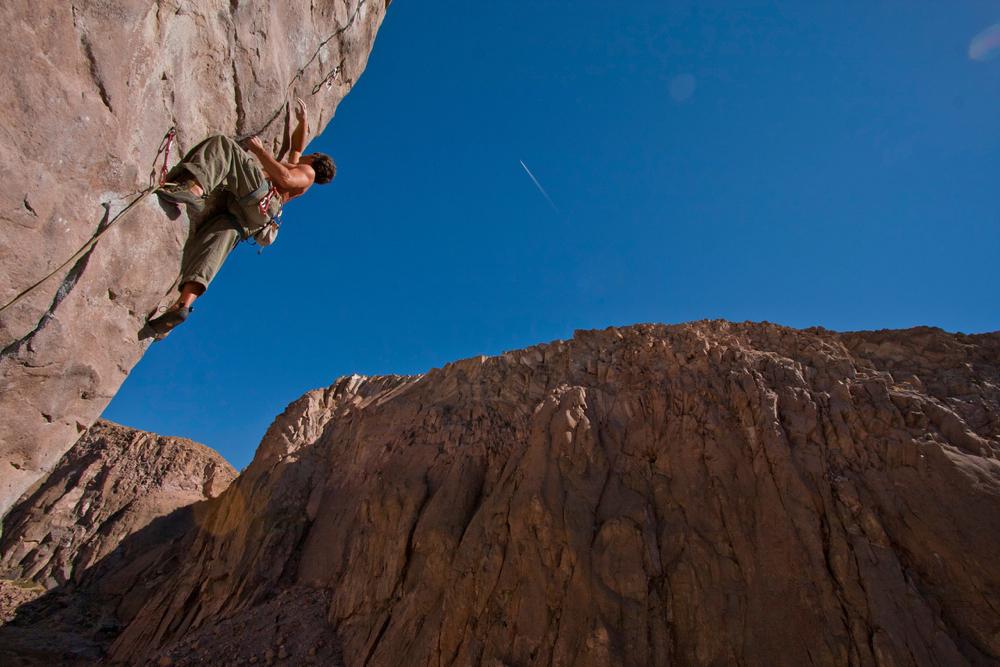 Dan Molnar climbing