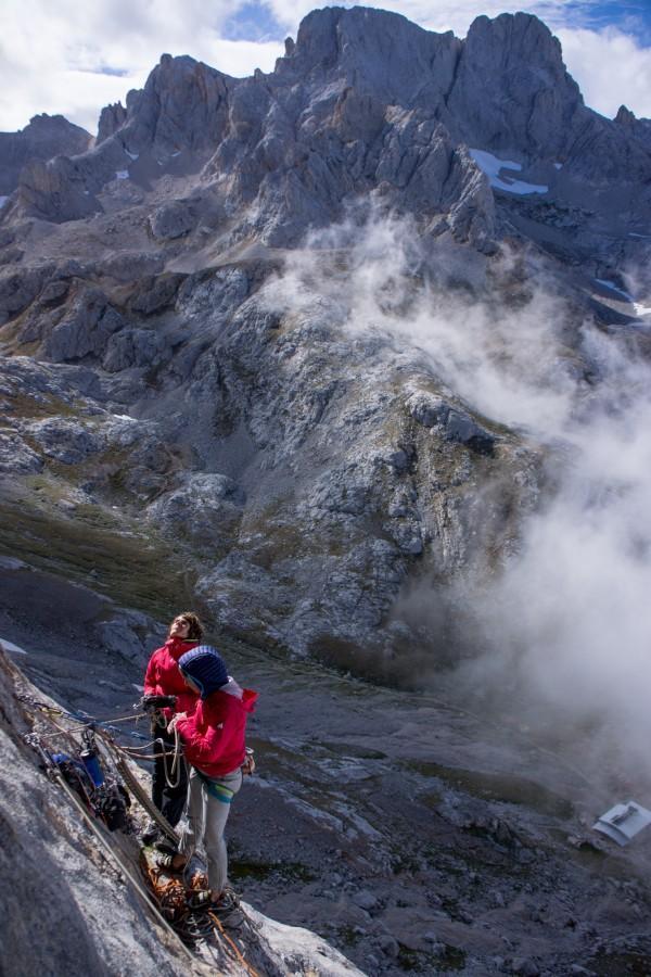 Climbers among peaks