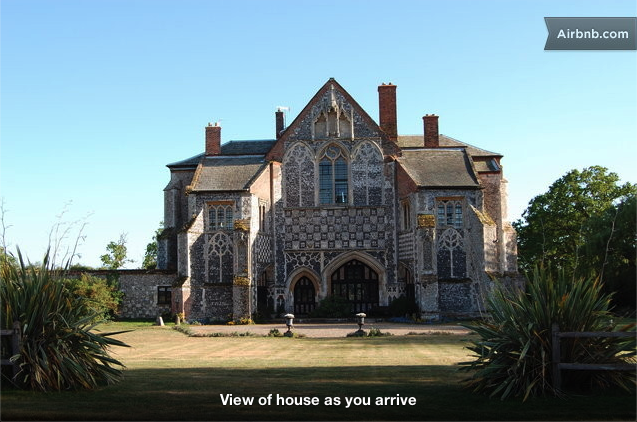 $1552/night • The Clumps, Suffolk, England IP12, United Kingdom