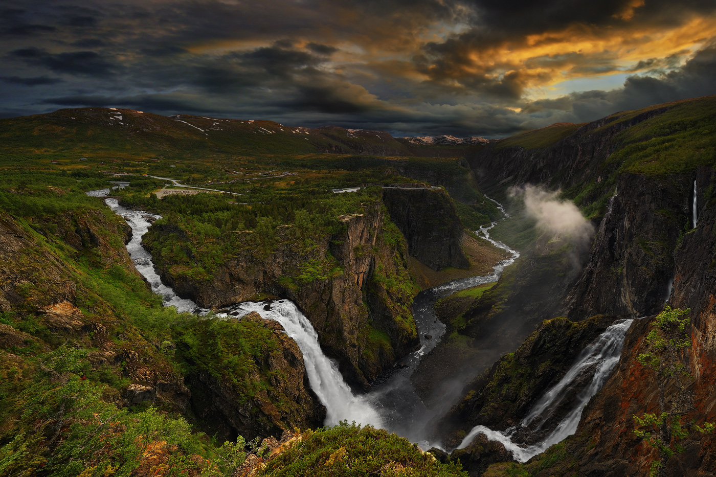 41 photos of the world 39 s most spectacular waterfalls for Most spectacular waterfalls