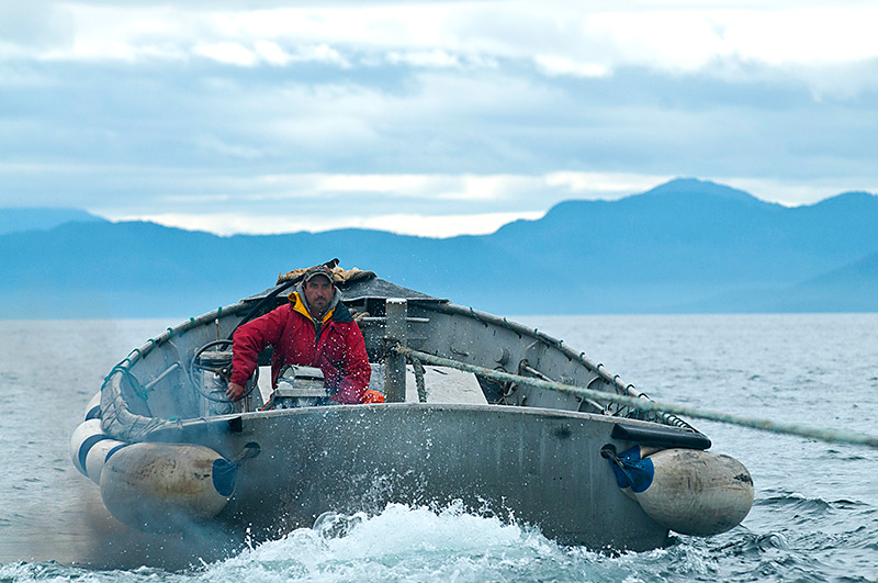 Pictures of fishing boats in alaska for Fishing company of alaska