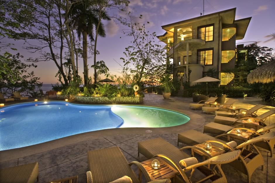 Arenas del Mar Beachfront & Rainforest Resort (Quepos, Costa Rica)