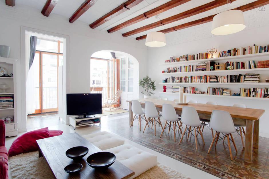 9 of the best airbnbs in barcelona matador network for Hacienda barcelona oficinas