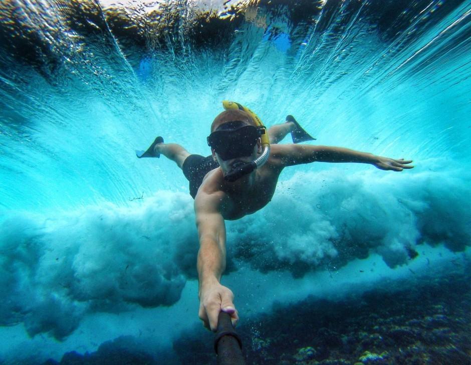 snorkeler-selfie