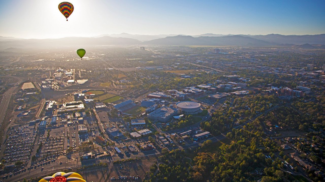 Hot-air balloons over Reno