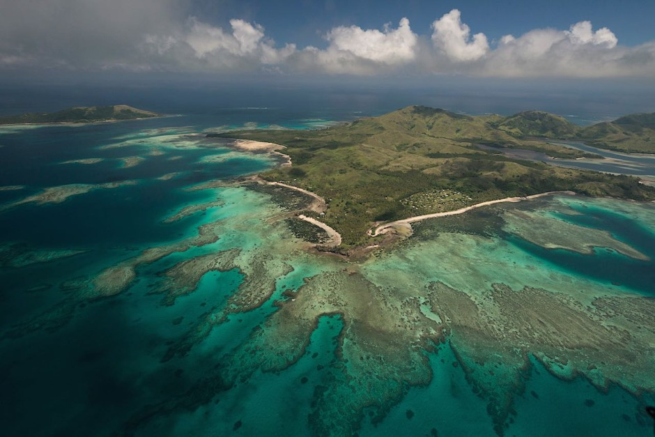 Fringing reef off Nacula Island, part of the Yasawa Group of Islands. Photo: Jürgen Freund