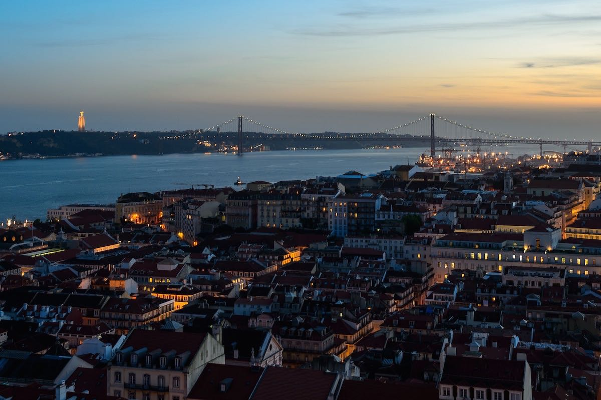 22 Sunset from São Jorge Castle viewpoint