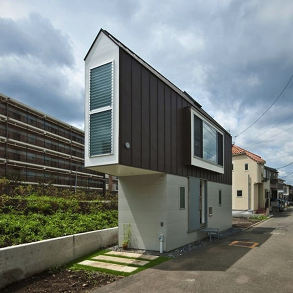 riverside-house-mizuishi-architect-atelier-1.jpg.662x0_q100_crop-scale-600x600