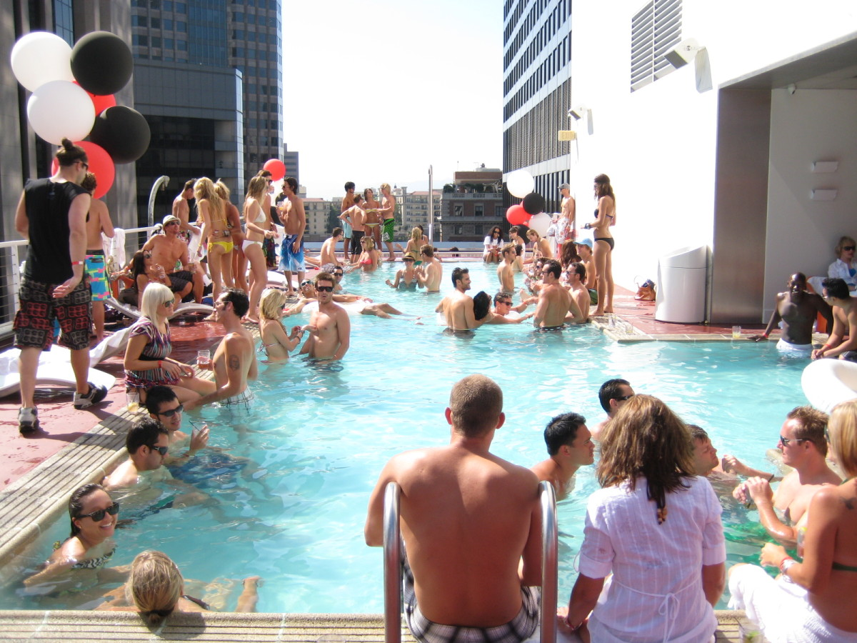 Cool places to go in summer in usa
