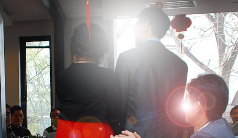Many Chinese gays prefer fake marriages to facing family at home
