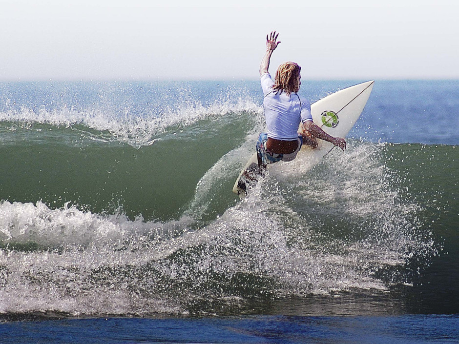 Playa Avellanas surf