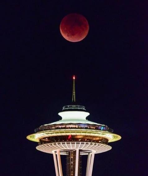 super-blood-moon-seattle (1)