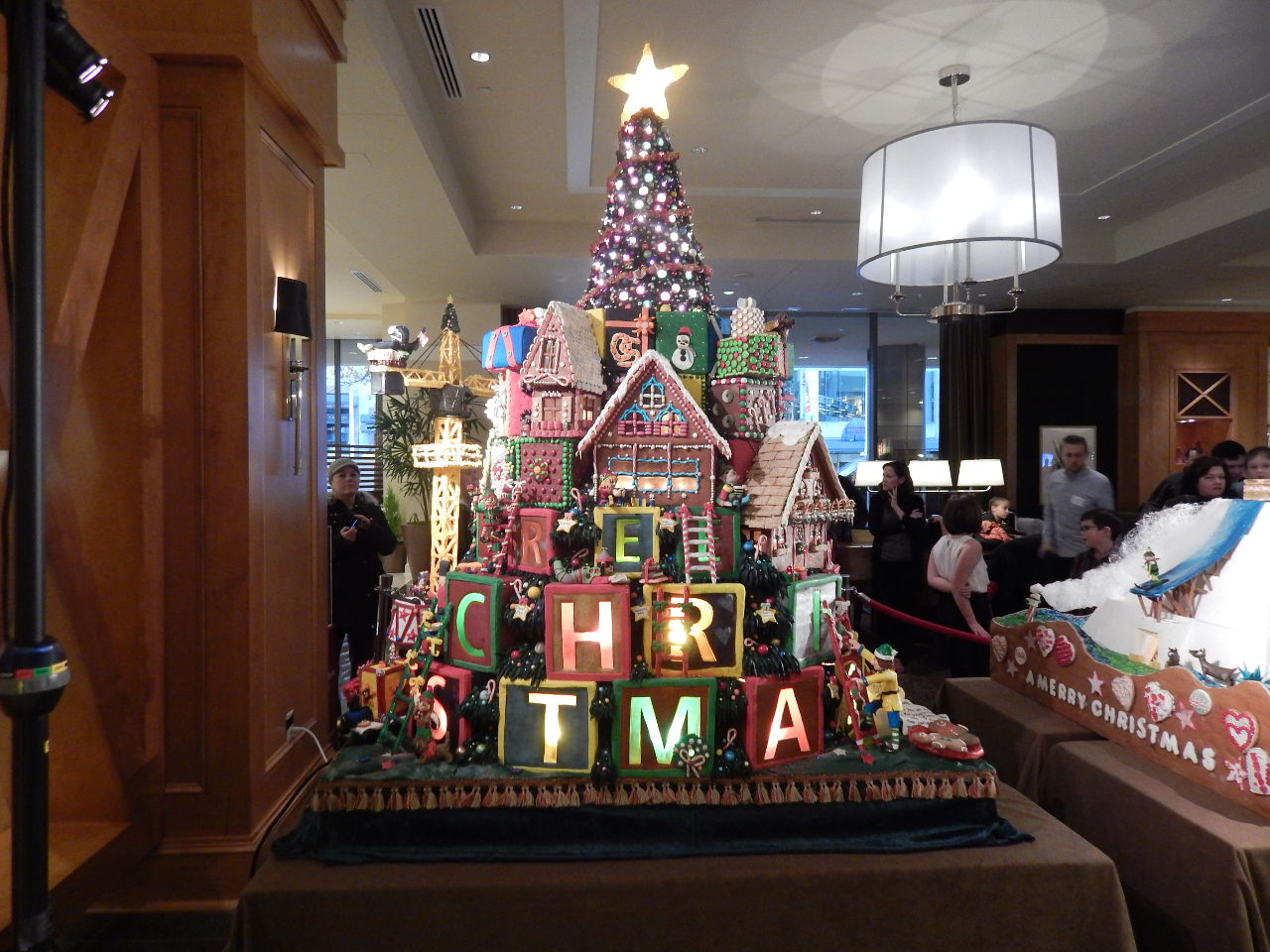 Seattle hotel Christmas display