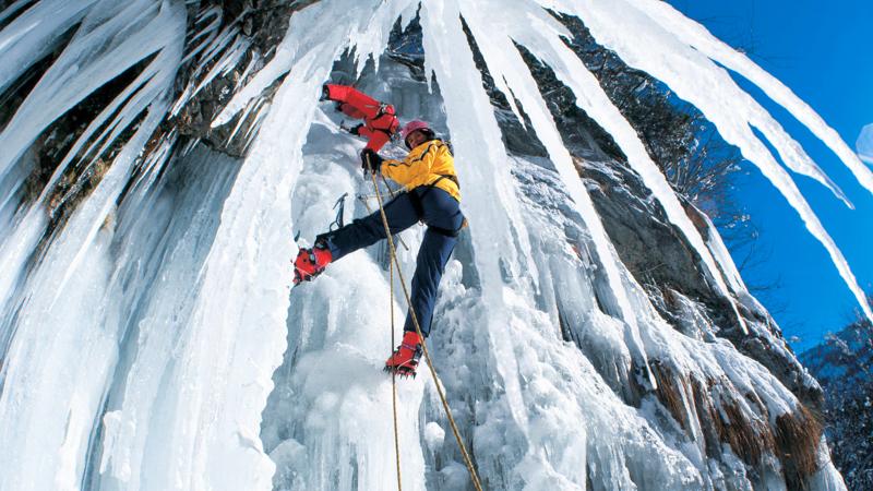 2_embrace-winter-adventures