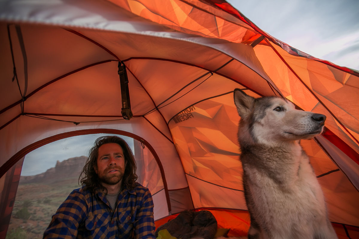 How to set up a ridiculously comfortable camp that feels like home in any environment