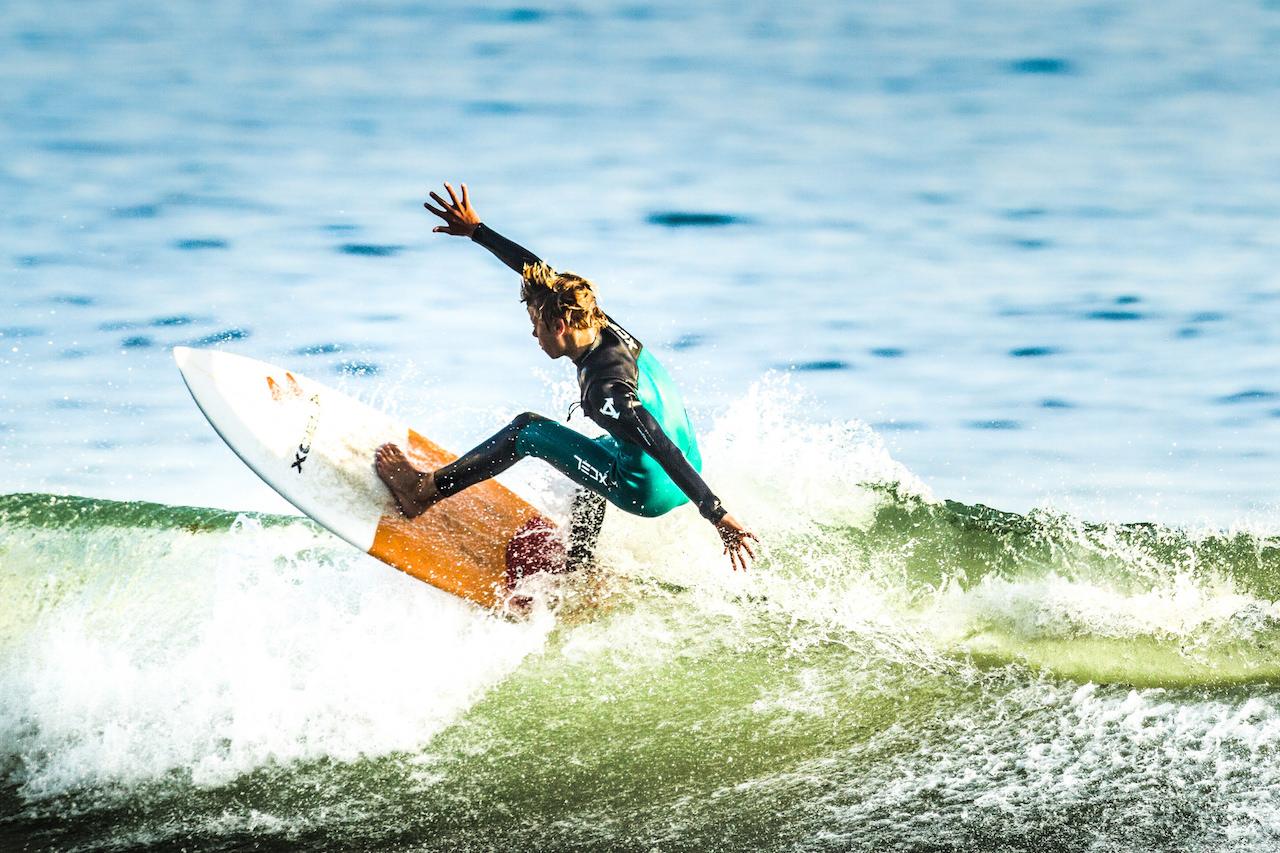Kamilo Bustamante- surfer