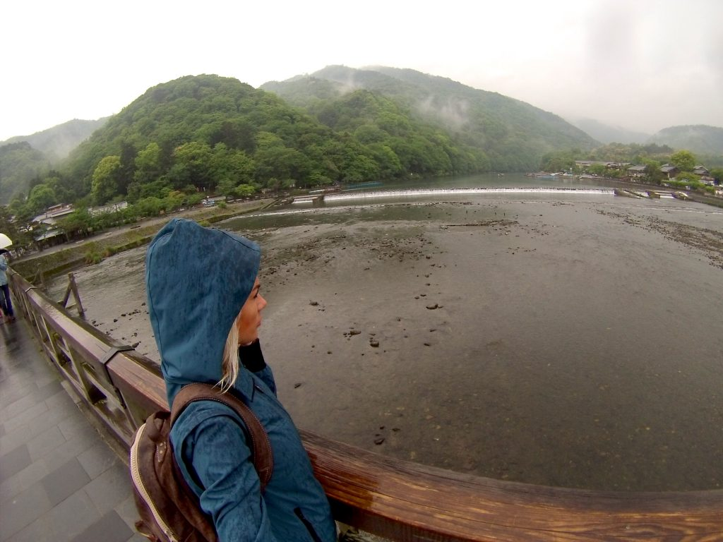 Guess how many people like to go take travel photos during rainy season? Not a lot.
