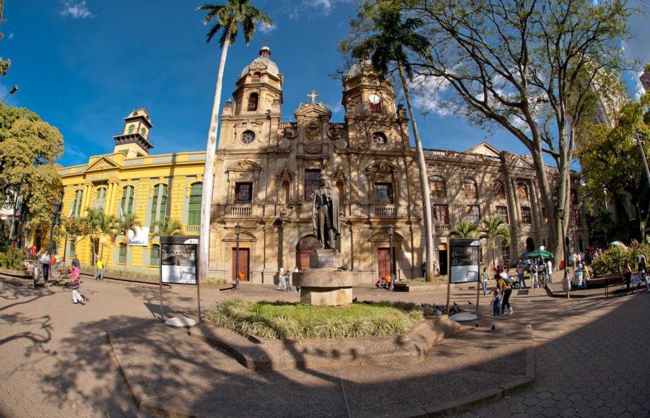 Plaza San Ignacio Medellin