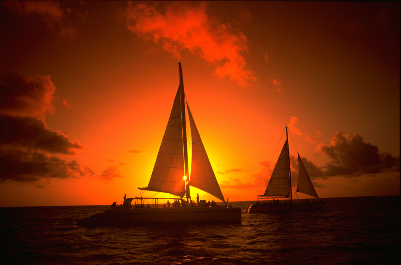 sailing_-sunset-sailing