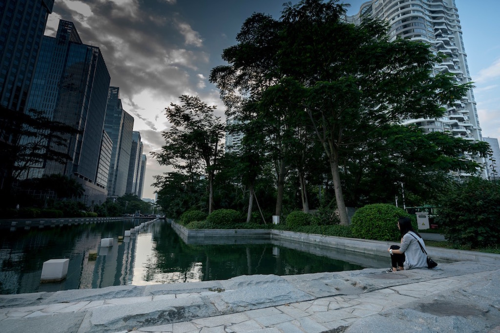 A public green space in the central business district in Shenzhen. (Brent NG/AP Images for C40)