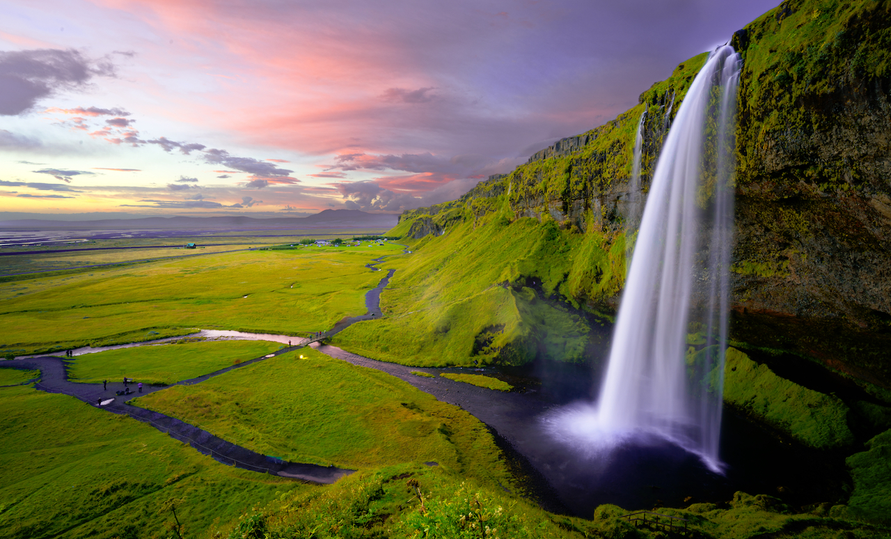 facts-Iceland