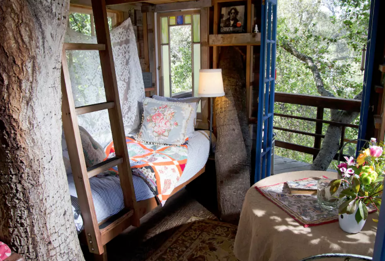 Treehouse airbnb