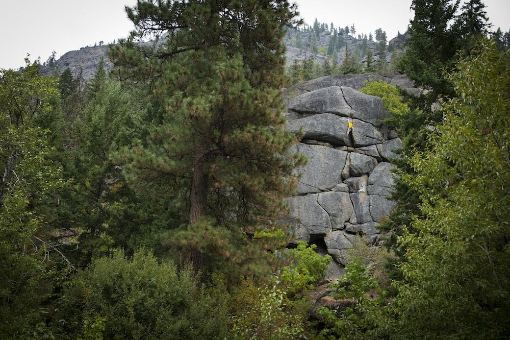 Bouldering Icicle Creek Leavenworth