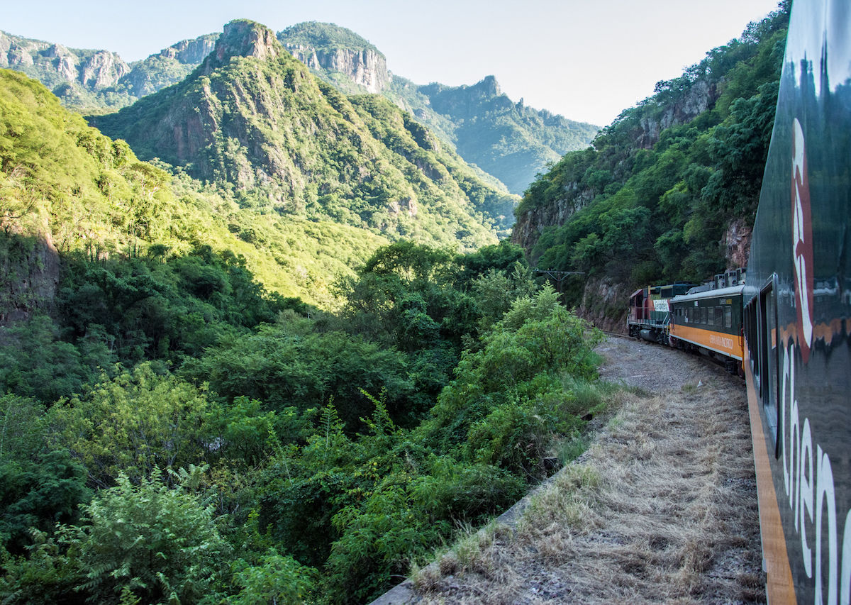 Traveling in El Chepe: from Chihuahua to Los Mochis across Mexico by train