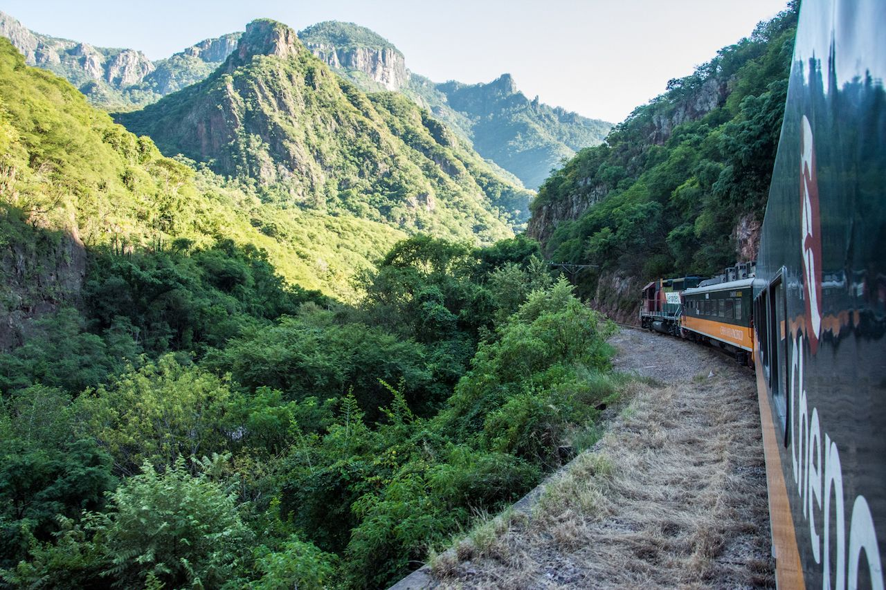 Traveling by train across Mexico: Here's how to plan it