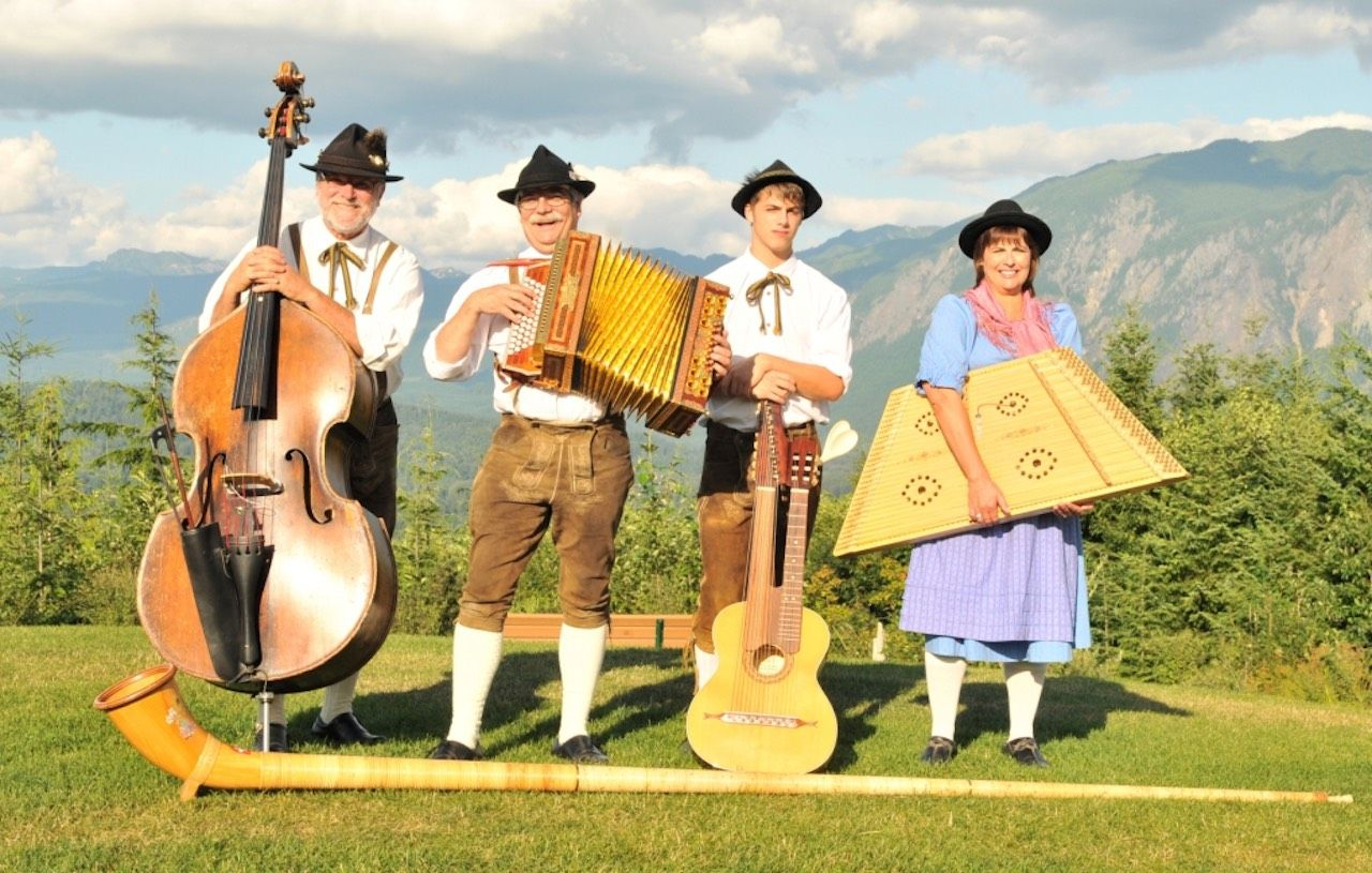 Folk Band Leavenworth