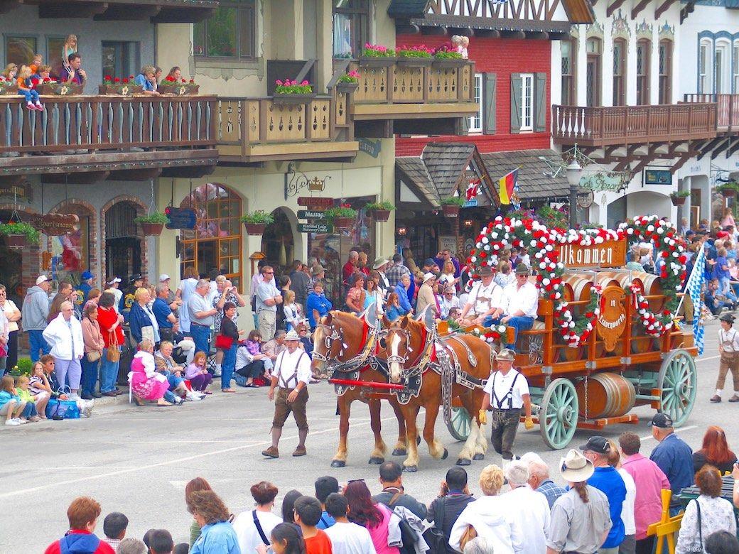 Leavenworth Parade