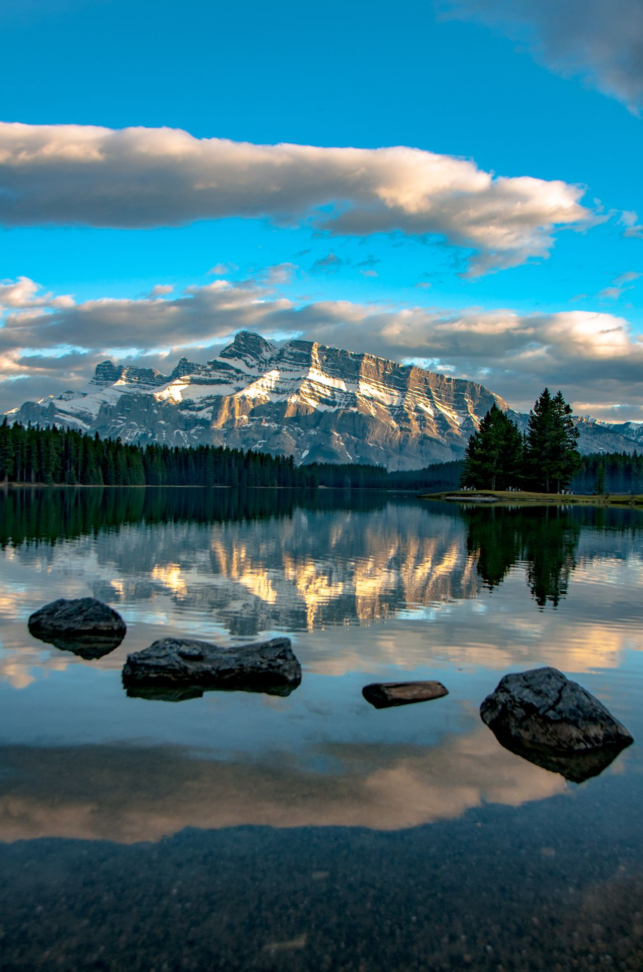 Summer in the Canadian Rockies: the top adventure spots