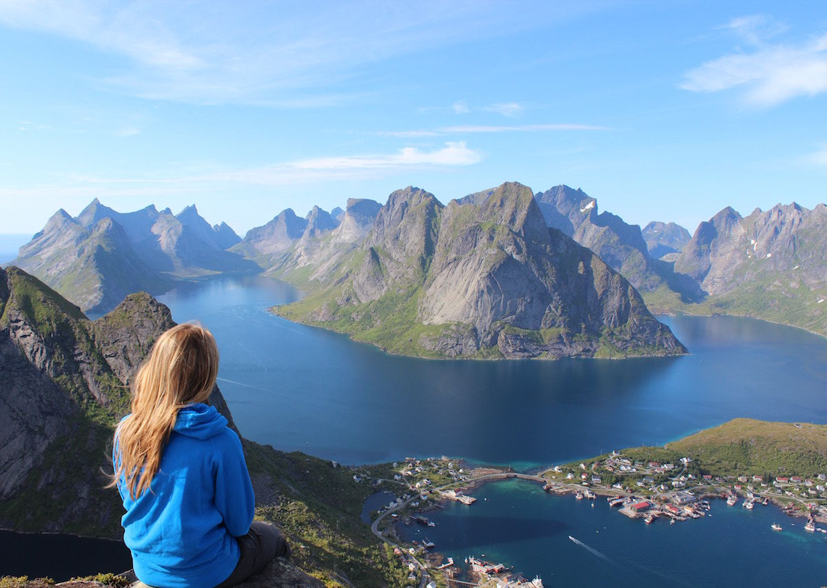 32 lessons you learn traveling alone around the world