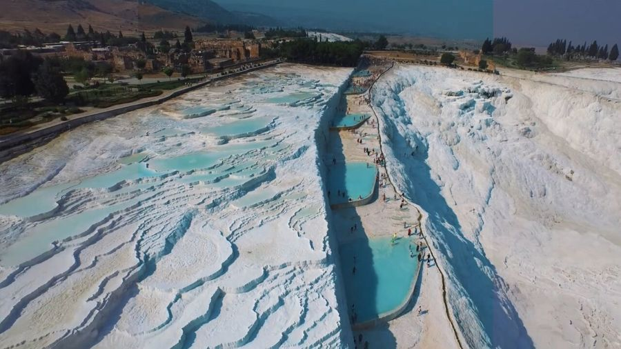 How to visit the thermal pools at Pamukkale, Turkey