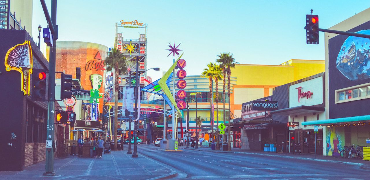 Las Vegas: The best spots to stay, eat, and party in each neighborhood