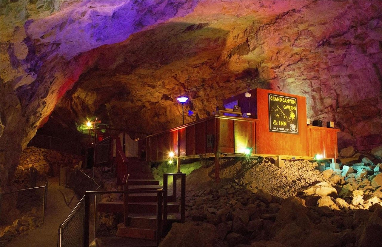 Grand Canyon Caverns Inn for 11.1