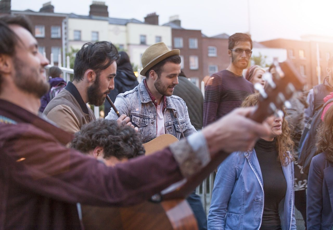 Street musicians Ireland