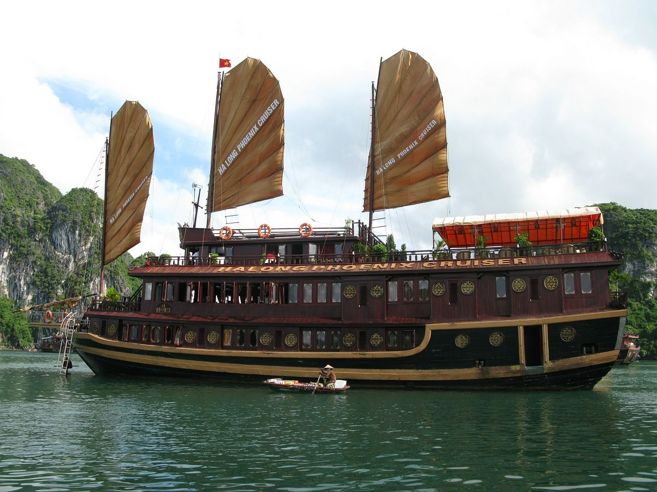 Ha long bay tall sail boat