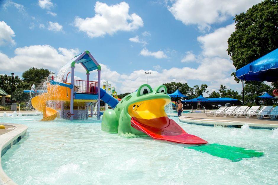 Arlington water parks texas