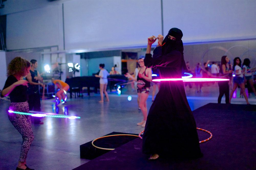 Hula hooping Saudi Arabia
