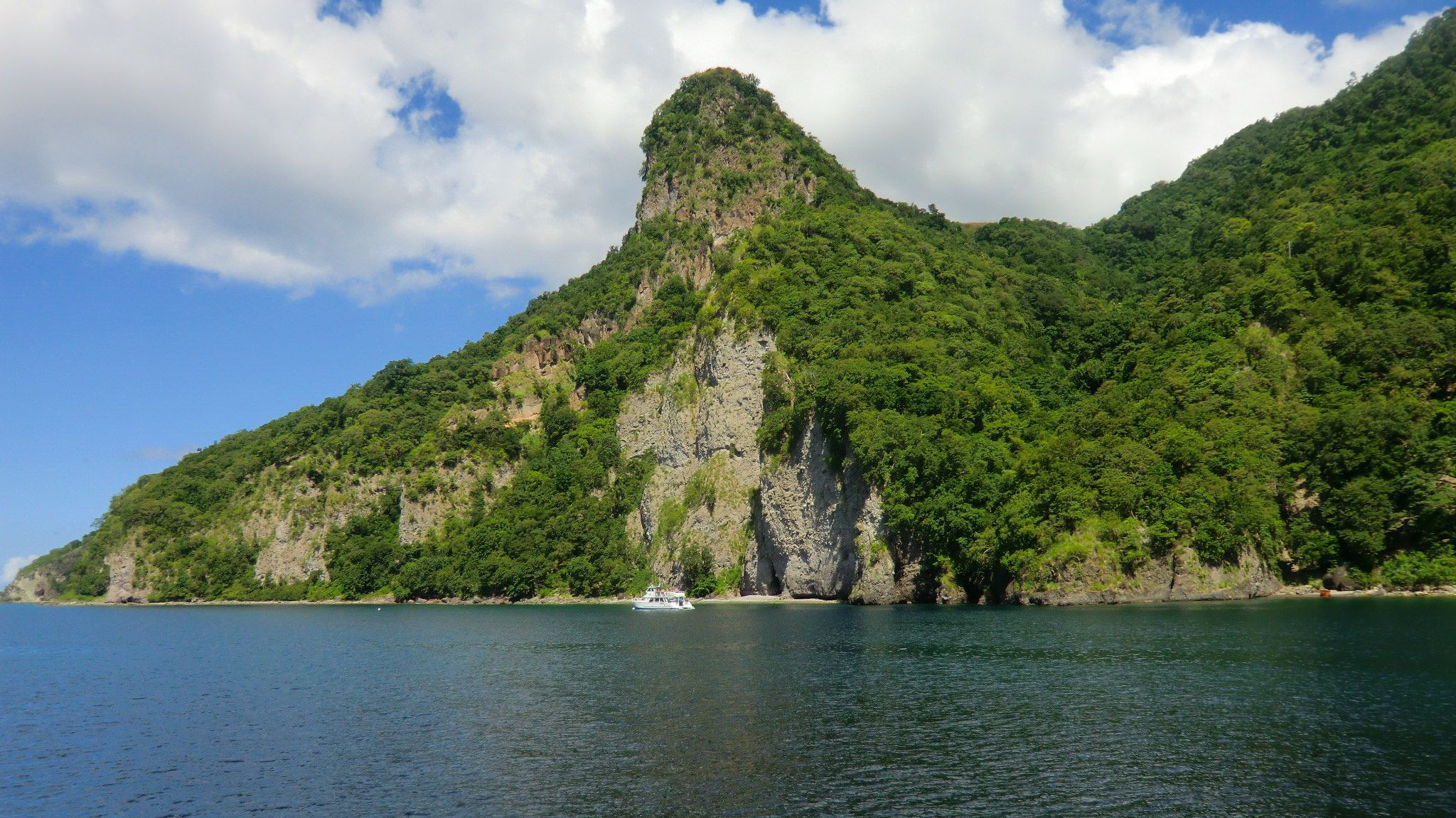 Dominica, Bay of Soufrière