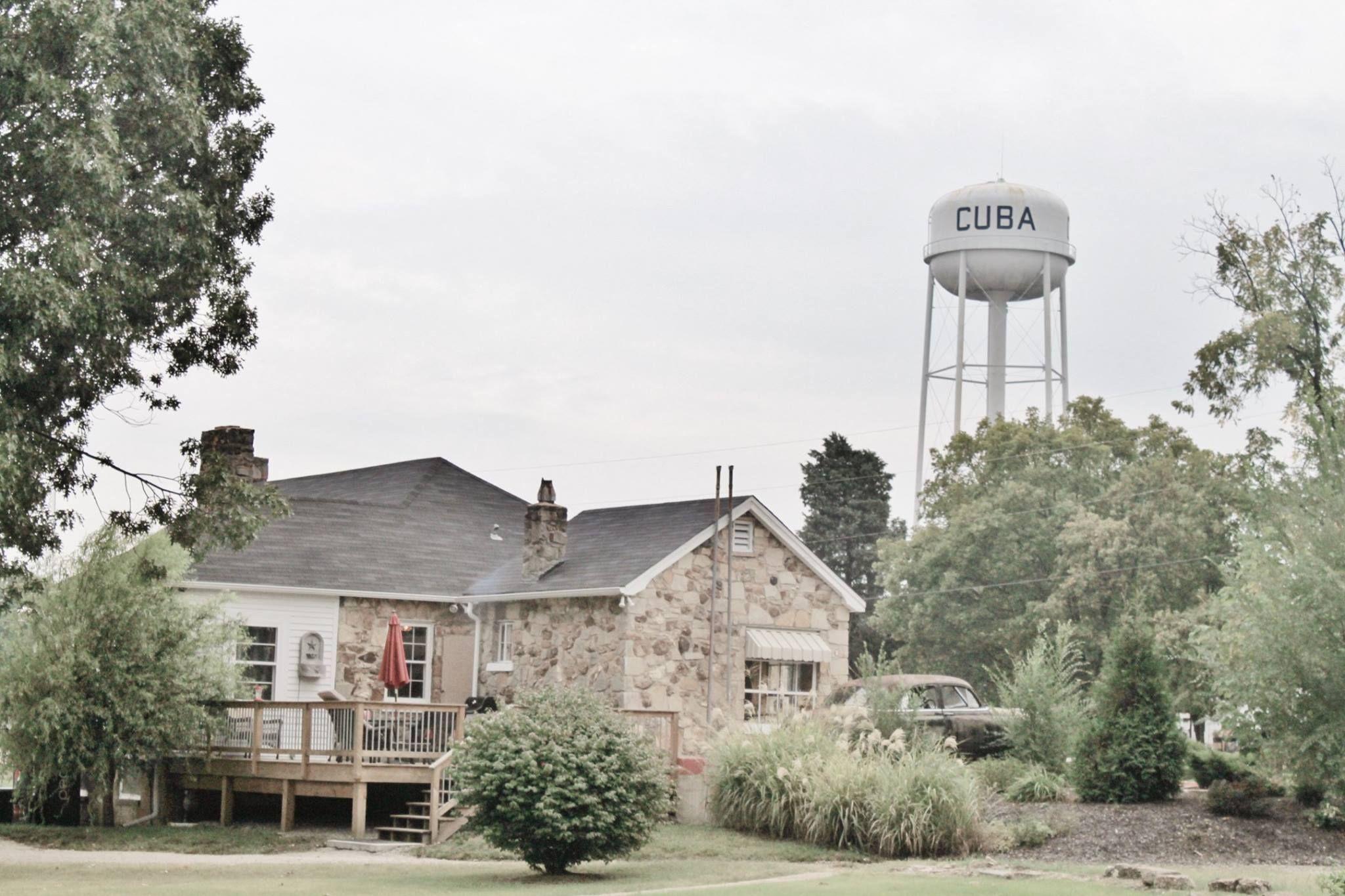 Historic Wagon Wheel Motel featuring Connie's Shoppe