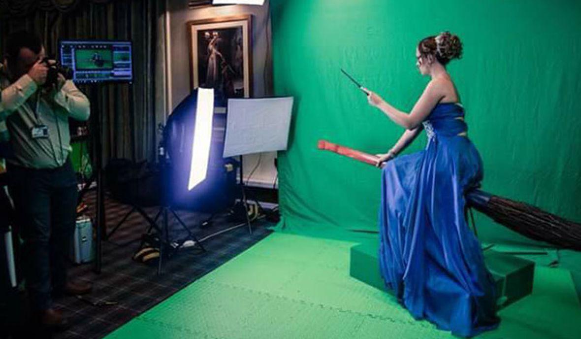 Green screen broom riding